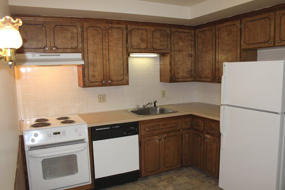 Parkview Manor in Tonawanda NY - Fully Applianced Kitchen