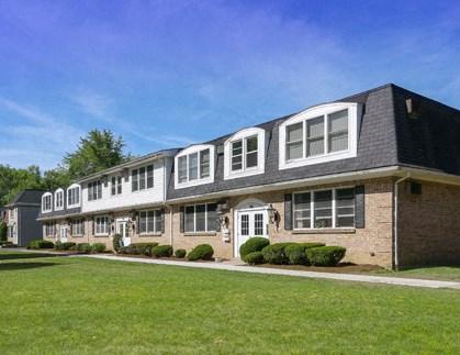 Sundridge Apartments Community Thumbnail 1