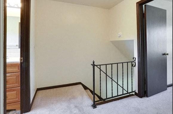 249-251 Sundridge - 2nd Floor Hall