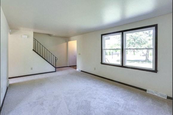 249-251 Sundridge - Living Room