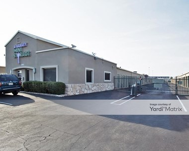 Storage Units for Rent available at 4002 West Indian School Road, Phoenix, AZ 85019 Photo Gallery 1