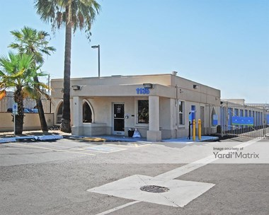 Storage Units for Rent available at 1135 West Broadway Road, Tempe, AZ 85282 Photo Gallery 1