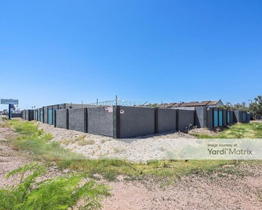 Storage Units for Rent available at 4200 North Black Canyon Hwy, Phoenix, AZ 85017 Photo Gallery 1
