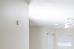 Ellicott Homes, Buffalo Apartments - Living Room