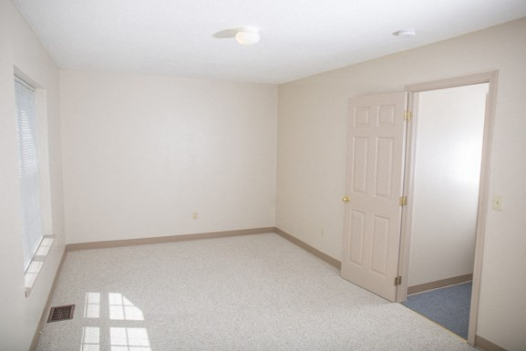 Ellicott Homes, Buffalo Apartments - Bedroom