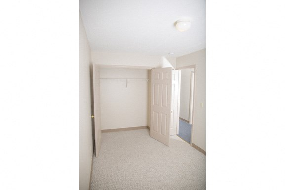 Ellicott Homes, Buffalo Apartments - Bedroom 2