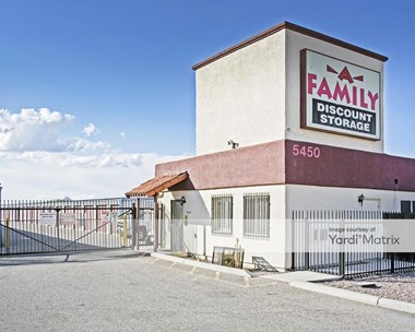 Storage Units for Rent available at 5450 South County Club Road, Tucson, AZ 85706 Photo Gallery 1