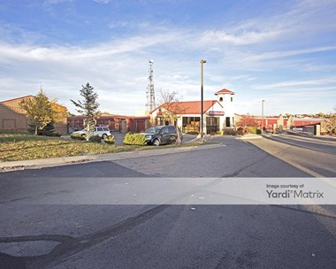 Storage Units for Rent available at 4111 Siskin Avenue, Littleton, CO 80126 Photo Gallery 1