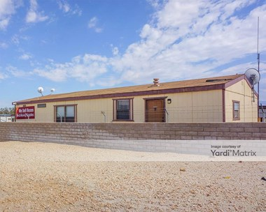 Storage Units for Rent available at 66251 Dillon Road, Desert Hot Springs, CA 92240 Photo Gallery 1