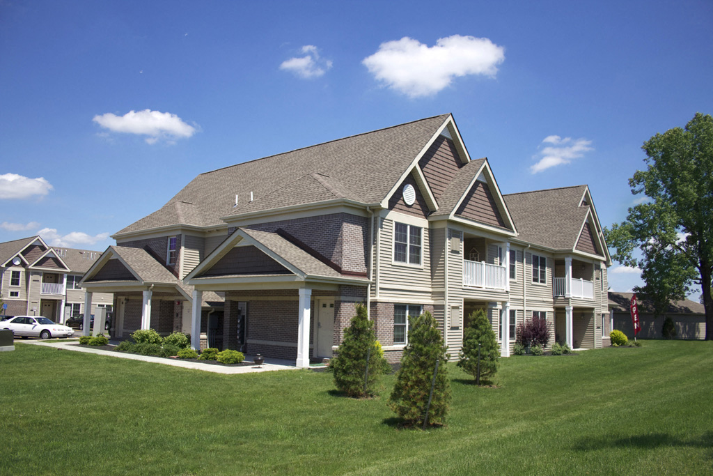 Deer Lakes Apartments