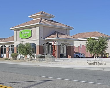 Storage Units for Rent available at 73230 Varner Road, Thousand Palms, CA 92276 Photo Gallery 1
