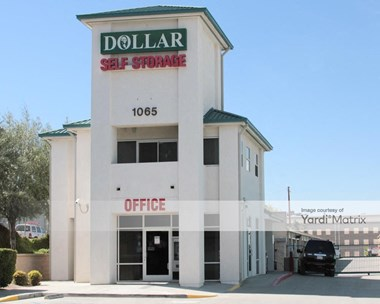 Storage Units for Rent available at 1065 East 3rd Street, Corona, CA 92879 Photo Gallery 1