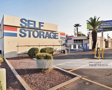 Storage Units for Rent available at 3201 West Thomas Road, Phoenix, AZ 85017 Photo Gallery 1
