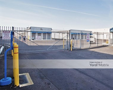 Storage Units for Rent available at 4010 West Indian School Road, Phoenix, AZ 85019 Photo Gallery 1