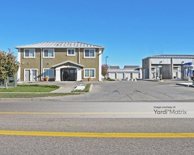 Storage Units for Rent available at 4170 North Tower Road, Denver, CO 80249 Photo Gallery 1