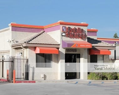 Storage Units for Rent available at 10789 Hole Avenue, Riverside, CA 92505 Photo Gallery 1