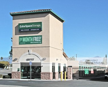 Storage Units for Rent available at 18777 Bloomington Avenue, Bloomington, CA 92316 Photo Gallery 1