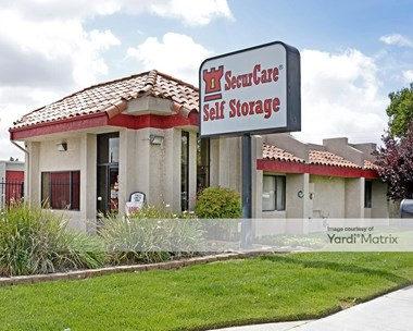 Storage Units for Rent available at 42335 East Florida Avenue, Hemet, CA 92544 Photo Gallery 1