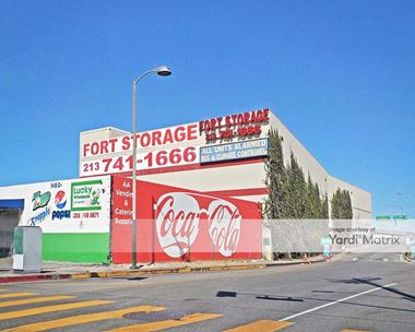 Storage Units for Rent available at 1651 South Central Avenue, Los Angeles, CA 90021 Photo Gallery 1