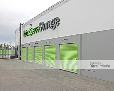 Storage Units for Rent available at 1701 West Slauson Avenue, Los Angeles, CA 90047 Photo Gallery 1
