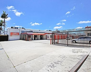 Storage Units for Rent available at 3401 South La Cienega Blvd, Los Angeles, CA 90016 Photo Gallery 1