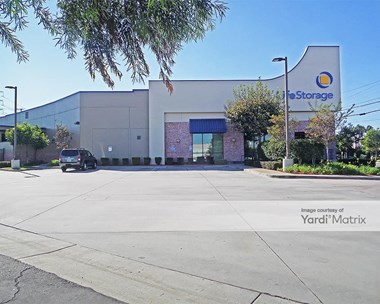 Storage Units for Rent available at 4320 West 190Th Street, Torrance, CA 90504 Photo Gallery 1