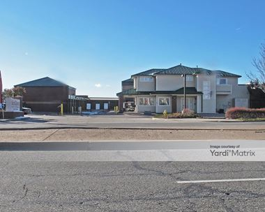 Storage Units for Rent available at 2685 South Tower Road, Aurora, CO 80013 Photo Gallery 1