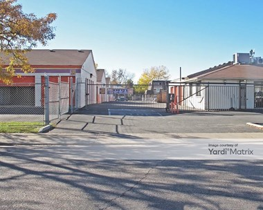 Storage Units for Rent available at 565 Hanover Way, Aurora, CO 80010 Photo Gallery 1
