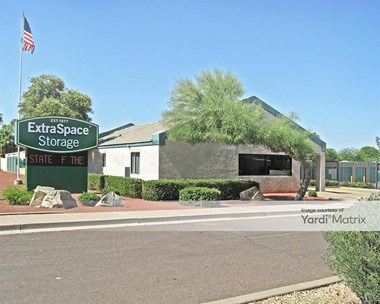 Storage Units for Rent available at 10815 North 32Nd Street, Phoenix, AZ 85028 Photo Gallery 1