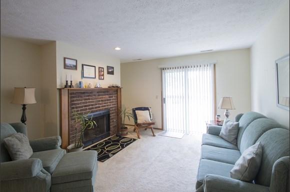 Deville Grandeur Apartments 2100 Tennyson Ave Ne