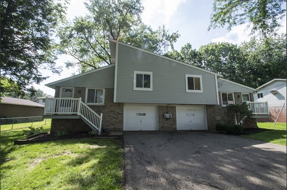 Various Locations In Stark County Apartments 4811 Whipple Ave Nw Canton Oh Rentcaf