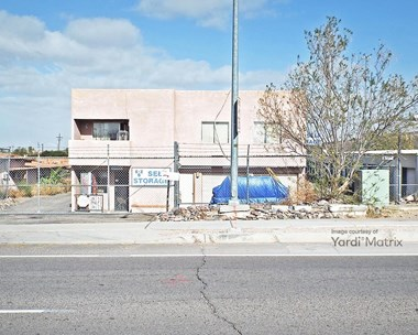 Storage Units for Rent available at 702 West Silverlake Road, Tucson, AZ 85713 Photo Gallery 1