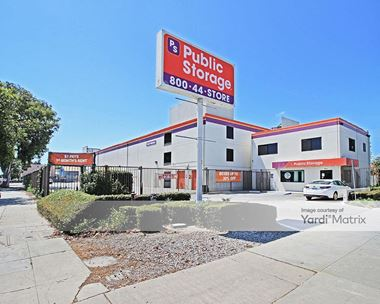 Storage Units for Rent available at 3821 Jefferson Blvd, Los Angeles, CA 90016 Photo Gallery 1