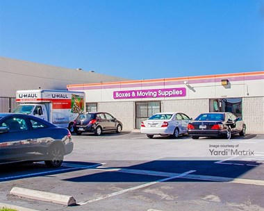 Storage Units for Rent available at 14209 Western Avenue, Gardena, CA 90249 Photo Gallery 1