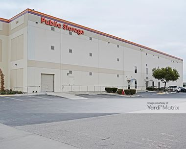 Storage Units for Rent available at 1351 Pomona Road, Corona, CA 92882 Photo Gallery 1