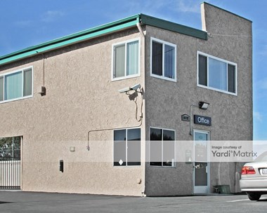 Storage Units for Rent available at 10192 Linden Avenue, Bloomington, CA 92316 Photo Gallery 1