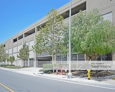 Storage Units for Rent available at 2375 Sampson Avenue, Corona, CA 92879 Photo Gallery 1