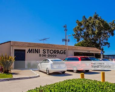 Storage Units for Rent available at 3701 Inglewood Avenue, Redondo Beach, CA 90278 Photo Gallery 1