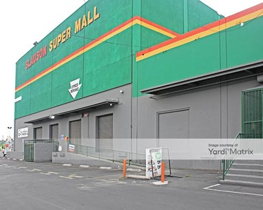 Storage Units for Rent available at 1600 West Slauson Avenue, Los Angeles, CA 90047 Photo Gallery 1