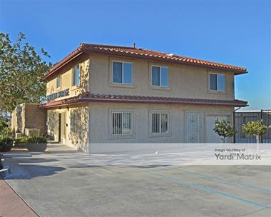 Storage Units for Rent available at 37560 Sierra Hwy, Palmdale, CA 93550 Photo Gallery 1