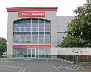 Storage Units for Rent available at 15350 Oxnard Street, Van Nuys, CA 91411 Photo Gallery 1