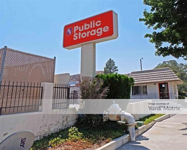 Storage Units for Rent available at 21648 Golden Triangle Road, Saugus, CA 91350 Photo Gallery 1