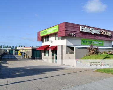 Storage Units for Rent available at 6360 Miramar Road, San Diego, CA 92121 Photo Gallery 1