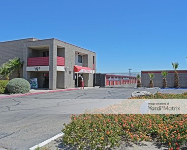 Storage Units for Rent available at 1400 South Gene Autry Trail, Palm Springs, CA 92264 Photo Gallery 1