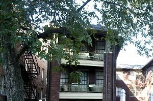 2312 Highland Avenue South 1 Bed Apartment for Rent Photo Gallery 1