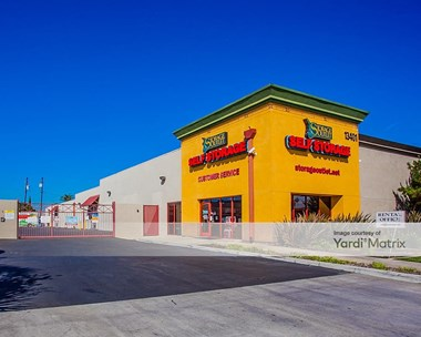Storage Units for Rent available at 13401 South Western Avenue, Gardena, CA 90249 Photo Gallery 1