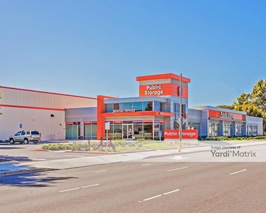 Storage Units for Rent available at 4880 West Rosecrans Avenue, Hawthorne, CA 90250 Photo Gallery 1