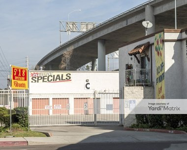 Storage Units for Rent available at 4835 Pacific Hwy, San Diego, CA 92110 Photo Gallery 1