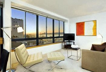 2000 Broadway Street Studio-3 Beds Apartment for Rent Photo Gallery 1