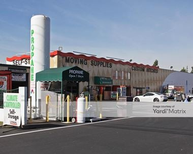 Storage Units for Rent available at 661 East Lambert, La Habra, CA 90631 Photo Gallery 1